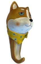 Wandhaak hond: Japanse Akita